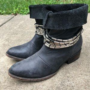 FREEBIRD Yerba Boots Grey 9 Short Booties